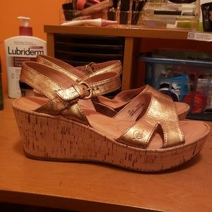 Born Women's Gold Strappy Cork Sandals Size 10M